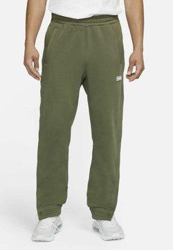 Nike Performance - FC PANT - Jogginghose - medium olive/clear