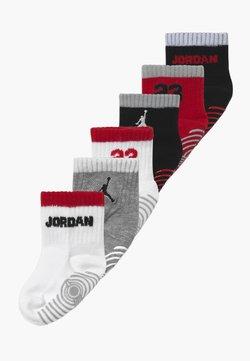Jordan - LEGACY INFANT ANKLE 6 PACK - Skarpety sportowe - gym red