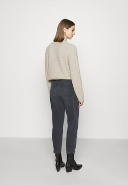 NU-IN - HIGH RISE MOM JEANS - Relaxed fit jeans - dark grey