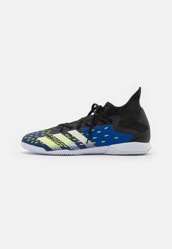 adidas Performance - PREDATOR FREAK .3 IN - Botas de fútbol sin tacos - core black/footwear white/royal blue