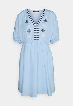 Trendyol - MAVI - Sukienka letnia - blue