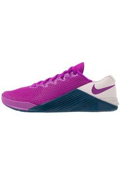 Nike Performance - METCON 5 - Sports shoes - vivid purple/valerian blue/barely rose