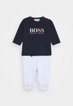 BOSS Kidswear - BABY SET - Trainingsbroek - navypale blue