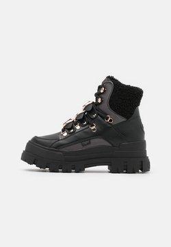 Buffalo - MH X BUFFALO ASPHA BOOT - Cowboy-/Bikerlaarsjes - black/dark grey