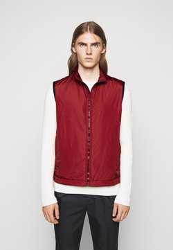 Bally - Weste - red