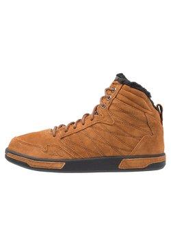 Park Authority - H1TOP  - Sneaker high - dark honey