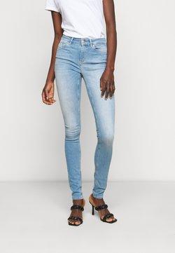 ONLY Tall - ONLBLUSH LIFE MID - Jeans Skinny Fit - light blue denim