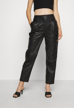 Topshop - ELLA  - Pantalon en cuir - black