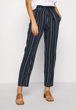 Vero Moda - VMEVA LOOSE PAPERBAG STRIPE PANT - Stoffhose - navy blazer/birch