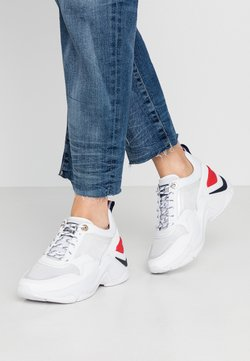 Tommy Hilfiger - INTERNAL WEDGE SPORTY SNEAKER - Sneakers laag - white