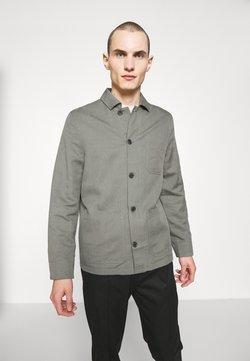Filippa K - LOUIS JACKET - Lett jakke - green grey