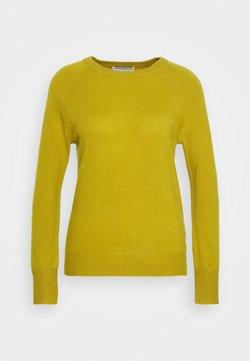 pure cashmere - CLASSIC CREW NECK  - Stickad tröja - mustard