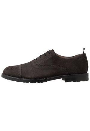 Kjøp Royal RepubliQ Loafers til dame på nett | FASHIOLA