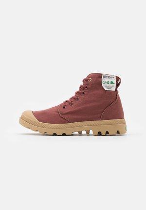 Palladium Rote Schuhe | Damen Herren Online |