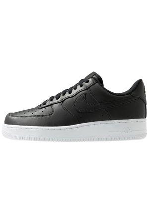 Zapatillas Nike Air Force online en Zalando