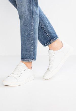 Birkenstock Witte sneakers online | Zalando