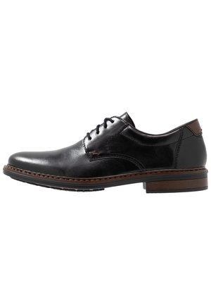 Rieker Wide Fit Shoes | ZALANDO.CO.UK