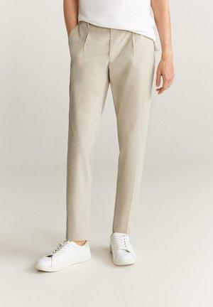 Chinos | Chino bukser til herre, dame og barn hos Zalando