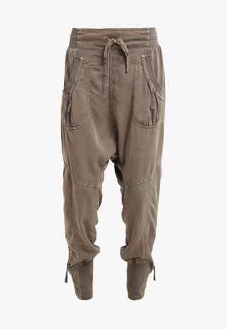 NANNA PANTS - Trousers - khaki
