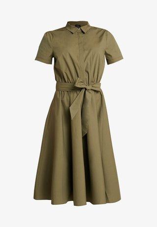 Skjortklänning - african green