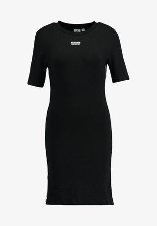 TEE DRESS - Etui-jurk - black