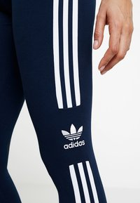 adidas Originals - ADICOLOR TREFOIL TIGHT - Legging - collegiate navy - 3