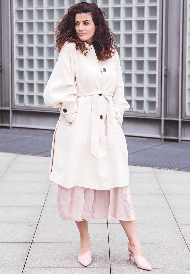 08d082e32c0 GRANSTORM - Winter coat - bright cerise. £389.99 · evakais r