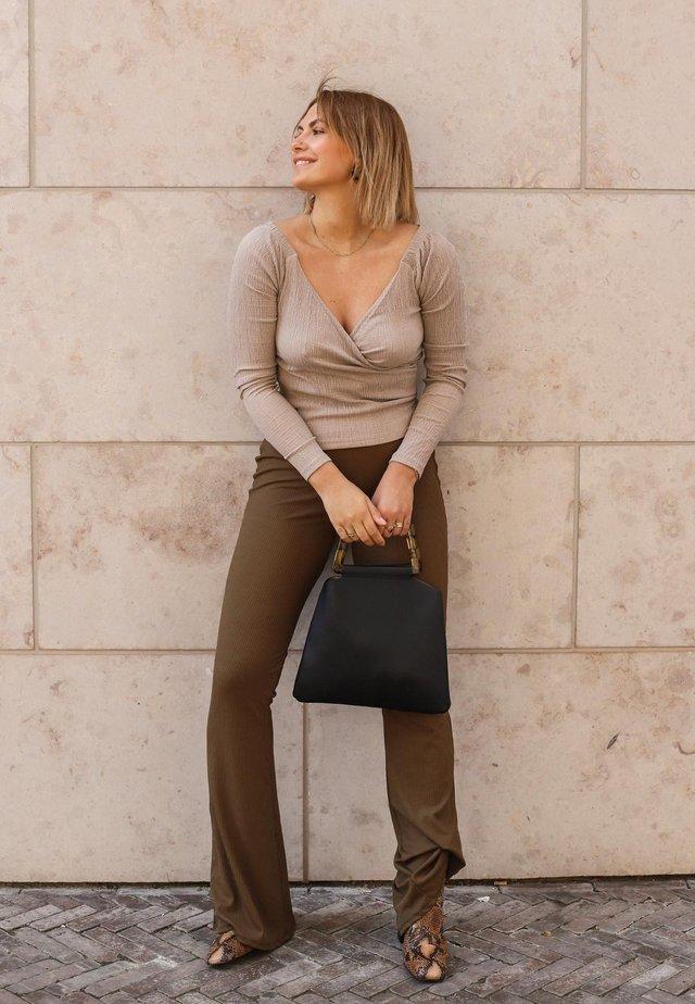 c2adaf5935 Pantalones online
