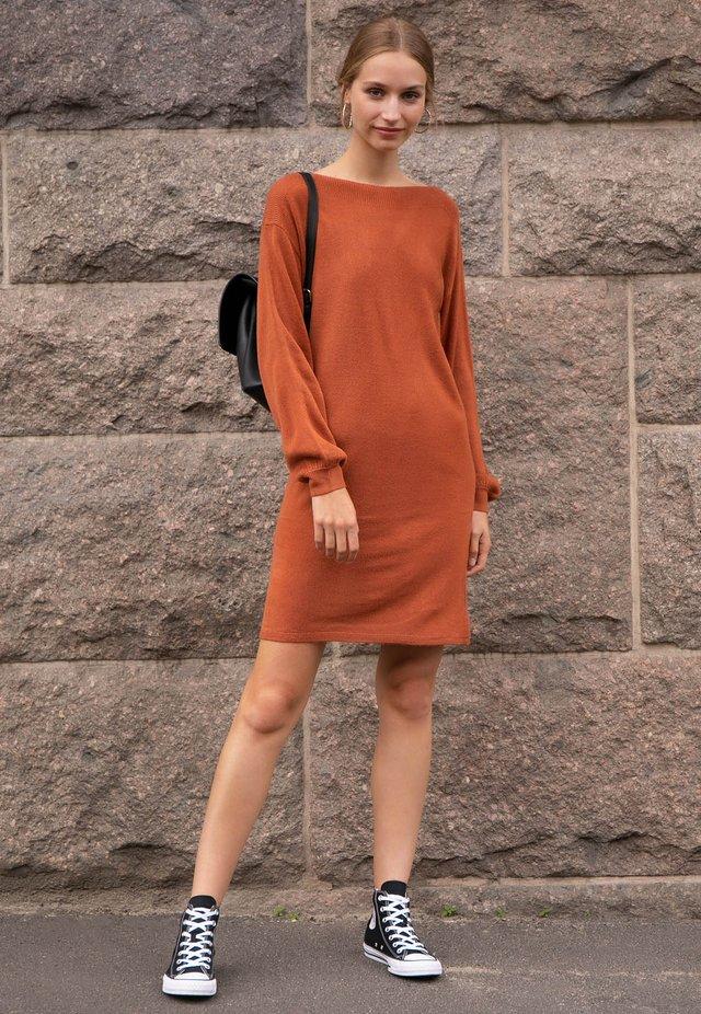 buy popular ac0e0 6da13 Vestiti in maglia da donna | La collezione su Zalando